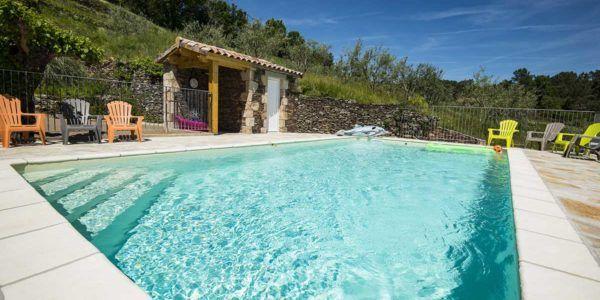 Gîte de groupe Le Domaine du Louis avec piscine